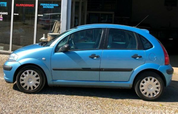 Citroën C3 1,6 16V Prestige 5d
