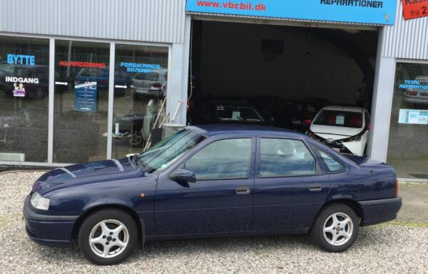 Opel Vectra 1,8i GL 4d