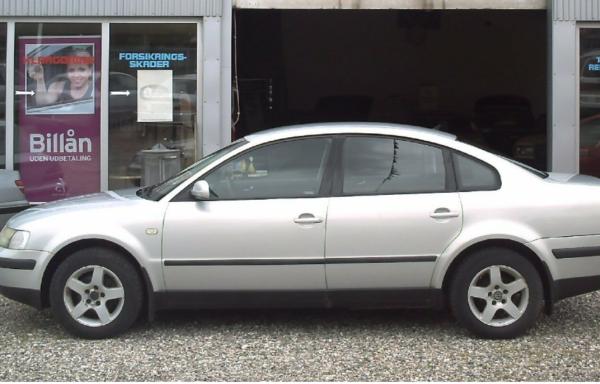 VW Passat 1,6 4d